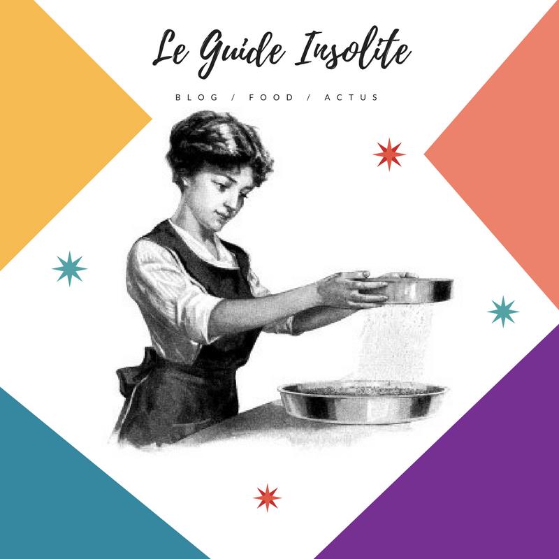 Femme qui tamise. Visuel de site web de cuisine.
